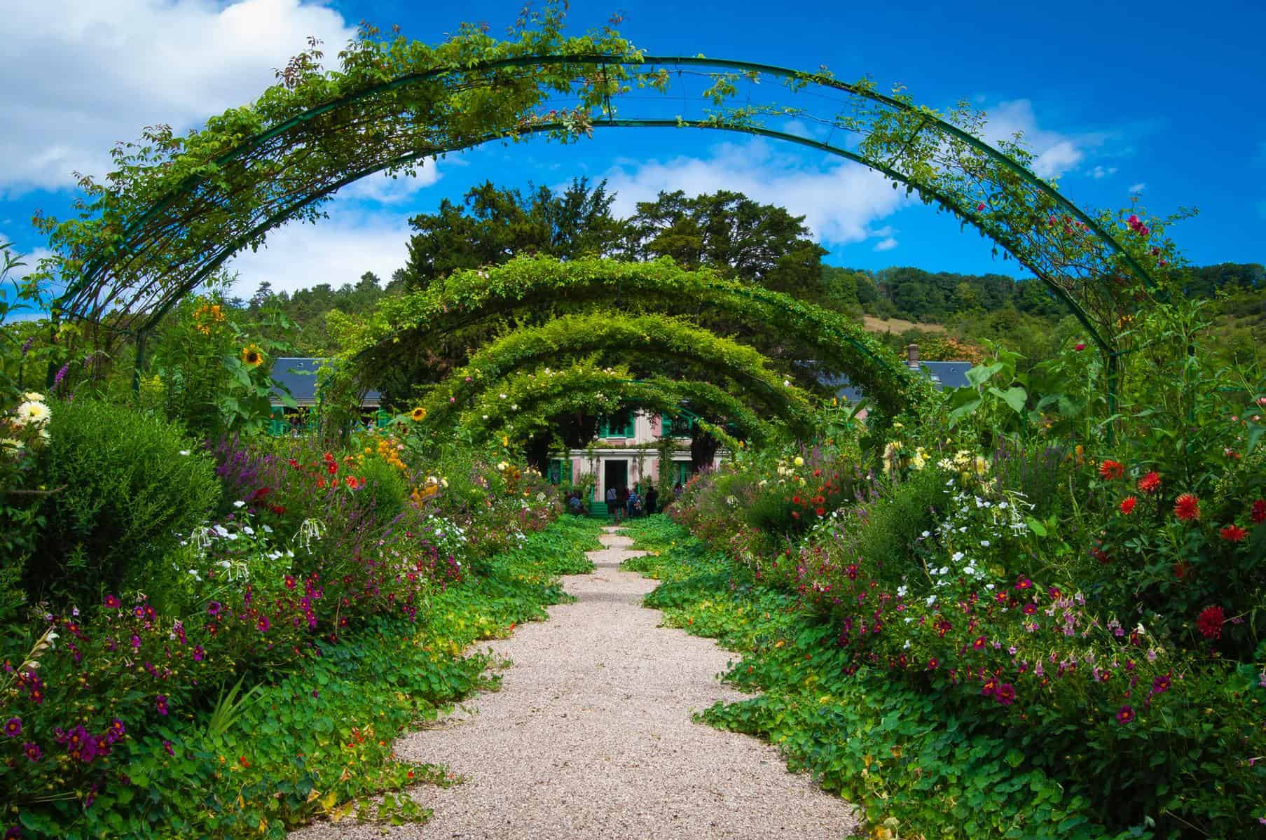 Design and Plan Your Dream Garden